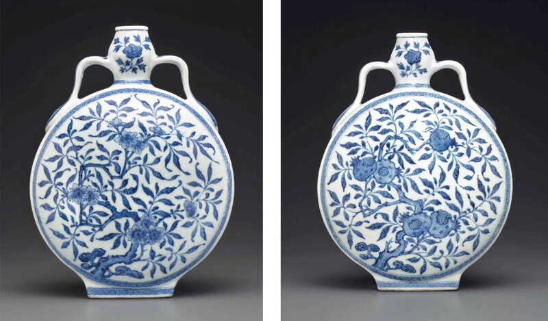 2013_NYR_02726_1326_000(a_ming-style_blue_and_white_garlic-head_moonflask_qianlong_period) (4)