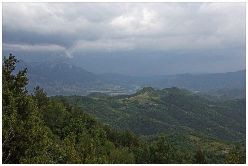 Haut Aragon 110615 CM GA 29 paysage orage arrive