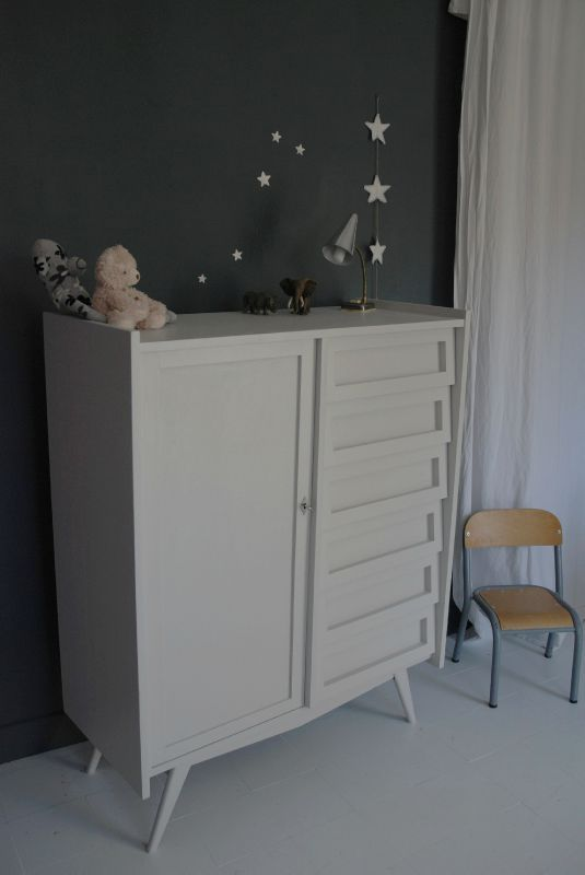 armoire commode gris lin atelier vintage. Black Bedroom Furniture Sets. Home Design Ideas