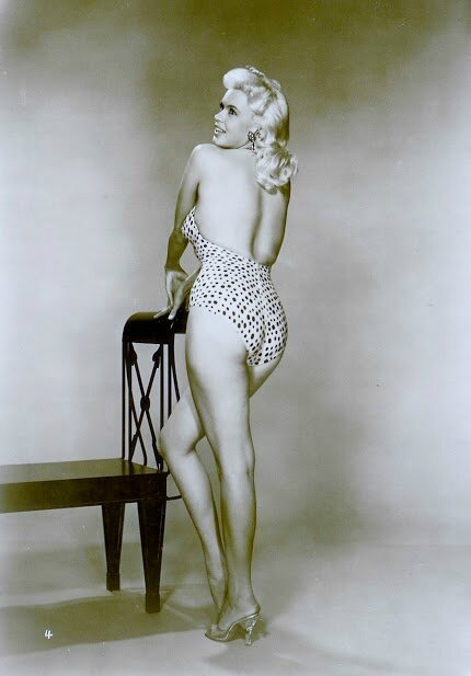 jayne_swimsuit_poids-1956-the_girl_cant_help_it-pub-2-2a