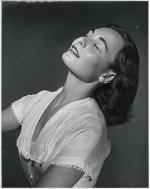 1949-05-09-LIFE_sitting-by_halsman-02-emotion-03-lover-soma-1