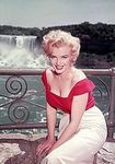 1952_Niagara_OnSet_030_Publicity_040_byJockC_1a