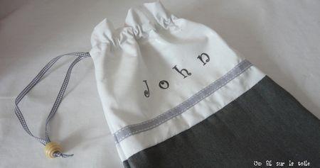 pochon_John_d_tail