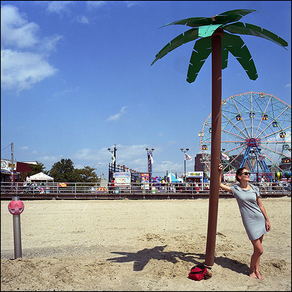Brk_coney_island_coconut