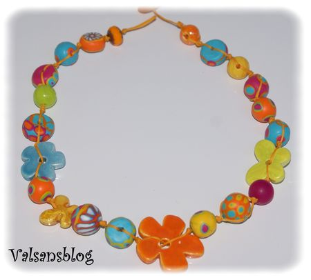collier_multicolore_2_avril_2010_001