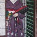 Geisha à la porte