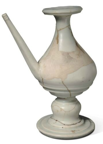 White-glazed kendi, Ming dynasty, Yongle period, Zhushan, Jingdezhen