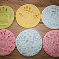 Empreintes de mains en pâte à sel
