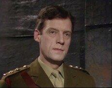 Capitaine Mike Yates