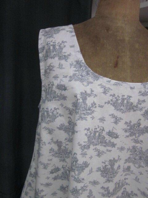 Robe EUPHRASIE en coton écru imprimé toile de Jouy gris (4)