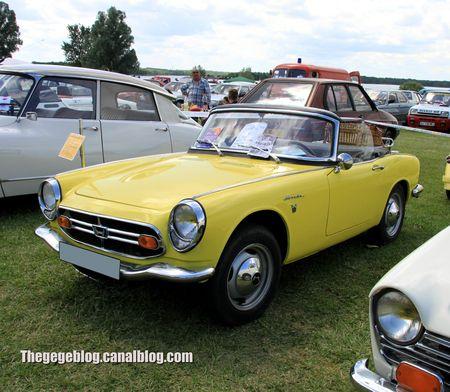 Honda S800 cabriolet de 1967 (Retro Meus Auto Madine 2012) 01