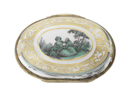 A_Meissen_gold_mounted_oval_snuff_box_from_the_toilet_service_for_Queen_Maria_Amalia_Christina_of_Naples_and_Sicily__Princess_of_Saxony__circa_1745_472