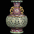 Lost masterpiece of chinese porcelain rediscovered in a remote country house in central europe