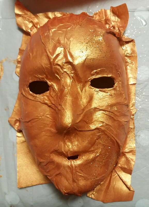 293_Masques_Le masque d'or (34)