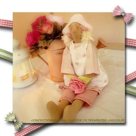 Petite_fille_rose_d_tails