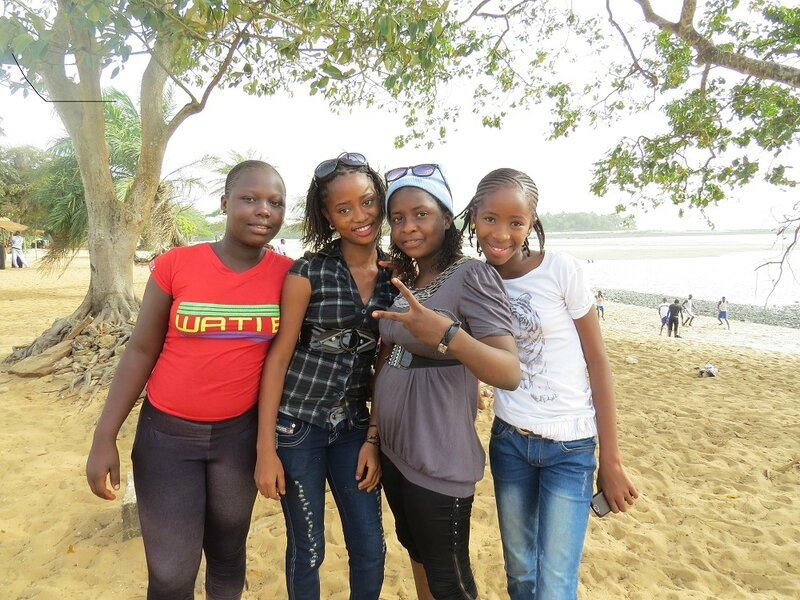 lycéennes à la plage