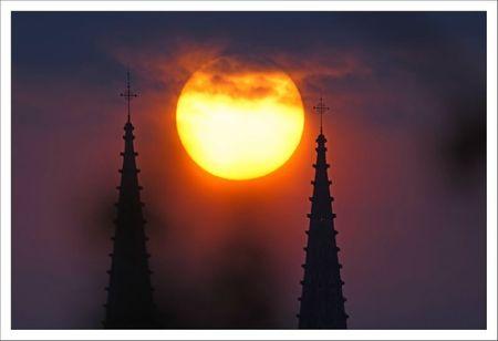 ville lulu lever soleil St Andre 1 entre clochers 150412