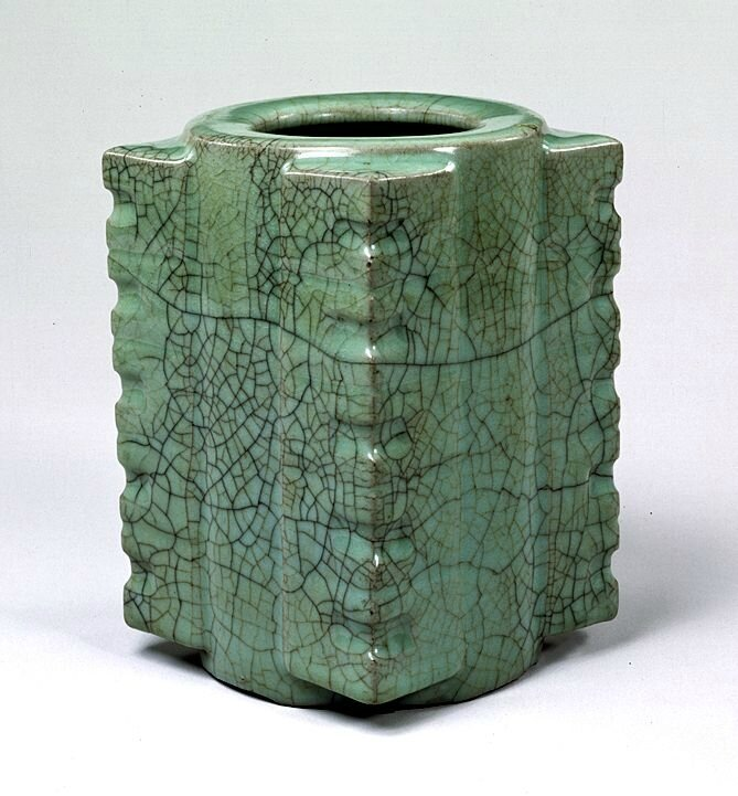 Celadon glazed vase in shape of jade cong, Guan Ware, Southern Song Dynasty, 12th - 13th century