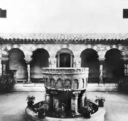 Saint_Michel_de_Cuxa_fontaine