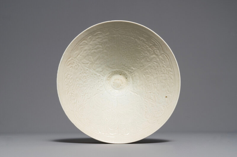 A fine Chinese Qingbai conical bowl with incised floral design, Song dynasty (960-1279)