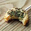 {tomme pop's} biscuits apéritifs à la tomme de savoie & sésame wasabi