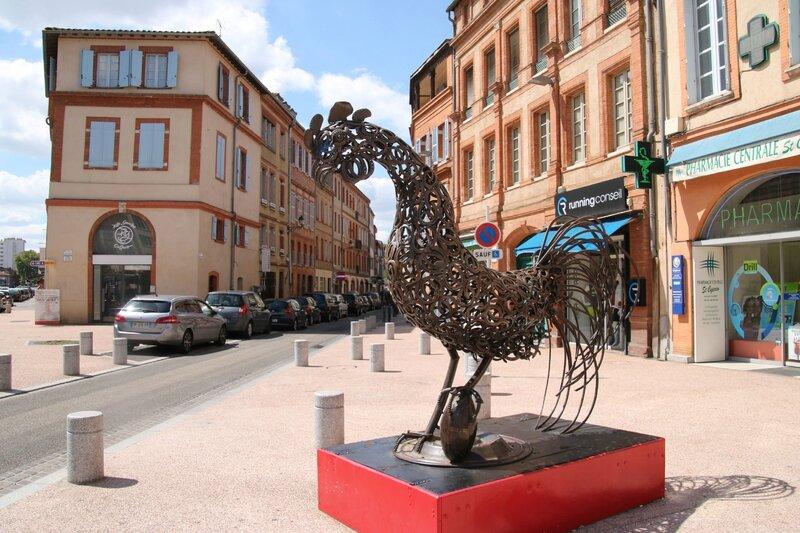 Sculpture place Olivier
