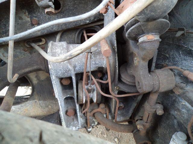 démontage réservoir et début hydraulique 052