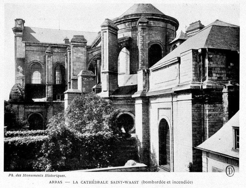 Arras Incendié