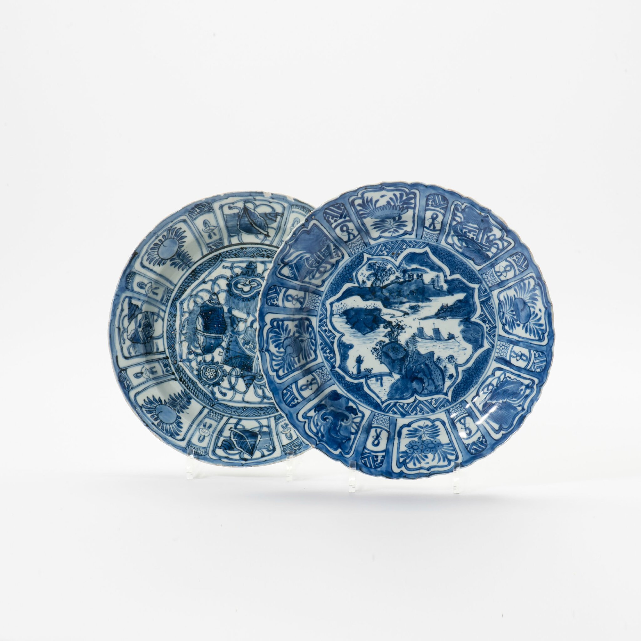 Two Kraak porcelain dishes, Wanli period (1573-1619)