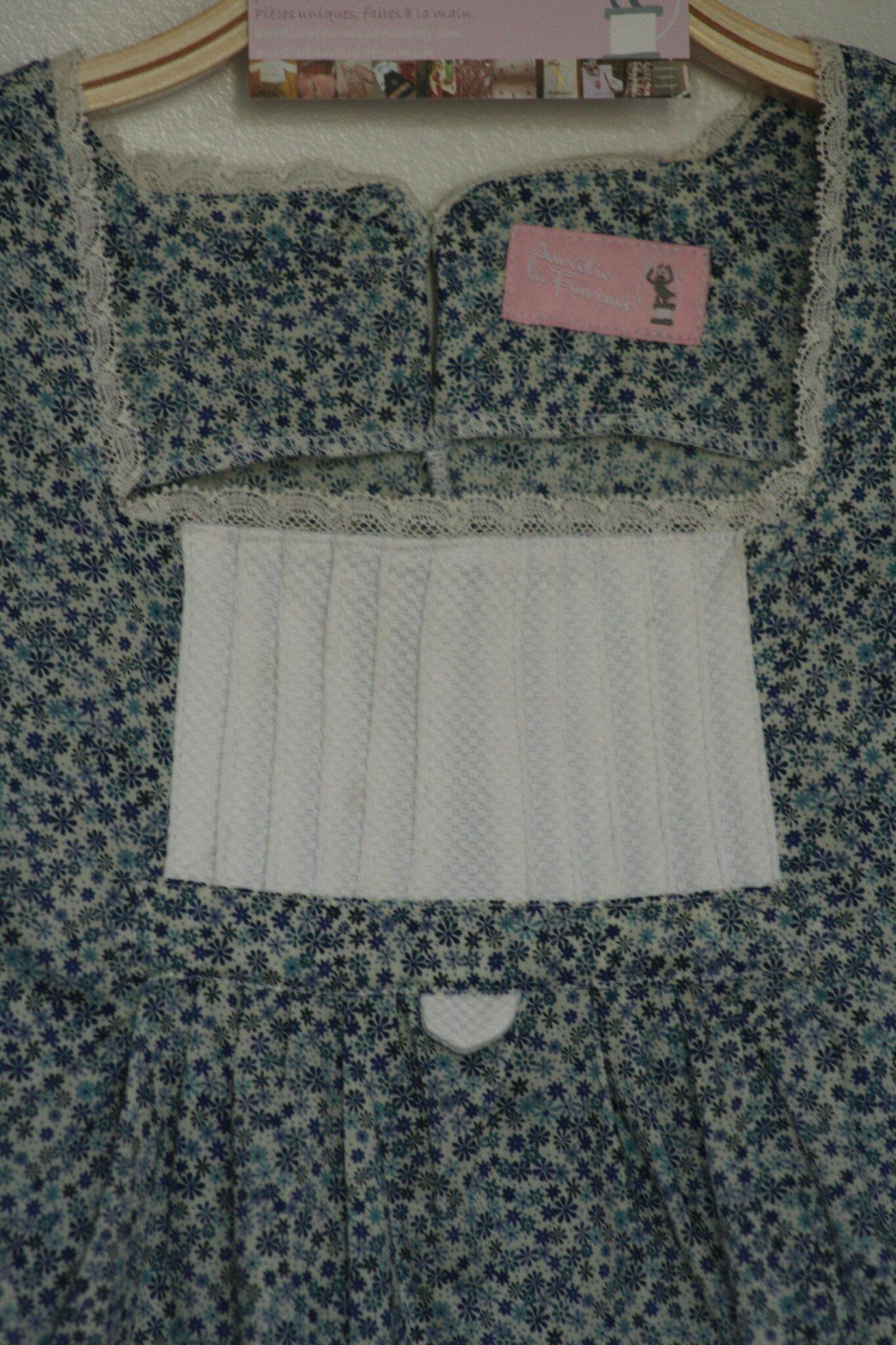 blouse à plastron plissé 35€