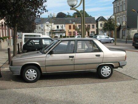 Renault9Broadwayprof