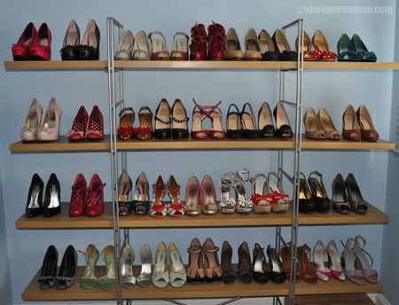 shoe_storage_shelves