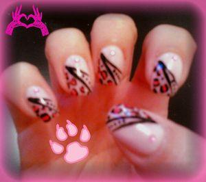 nail art panthere rose