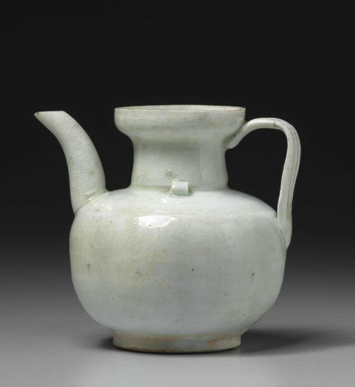 Wine ever, Southern Song dynasty, 1127-1279, Qingbai ware