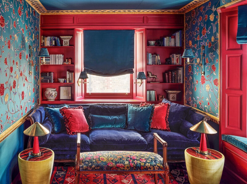 Colorful wallpapered home in London photos by Douglas Friedman (2)