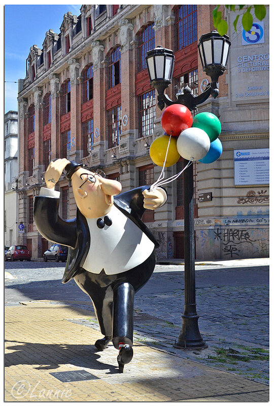 _Argentine_165_homme_ballons