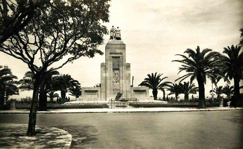FM aa- 083- Monument aux morts