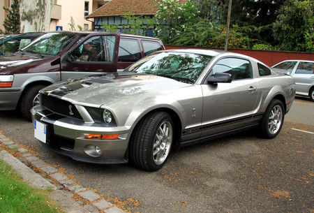 Shelby_GT_500_coupe__Strasbourg__01