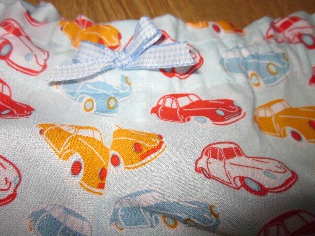 Culotte BIANCA en coton ciel imprimé voitures rouge et orange - noeud vichy ciel (1)