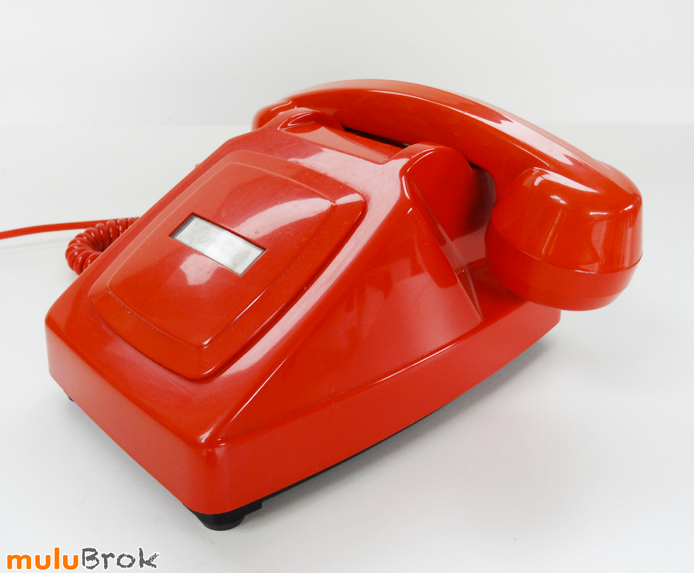 TELEPHONE-ORANGE-24-muluBrok