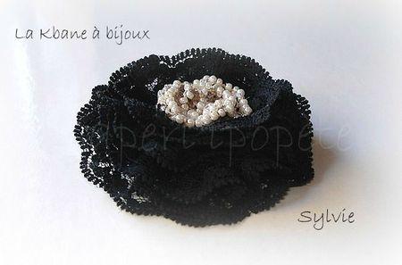 broche dentelle noire1
