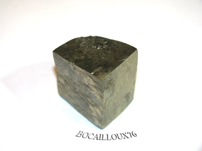 PYRITE 1 CUBE NATUREL - POUR LITHOTHERAPIE - DECO