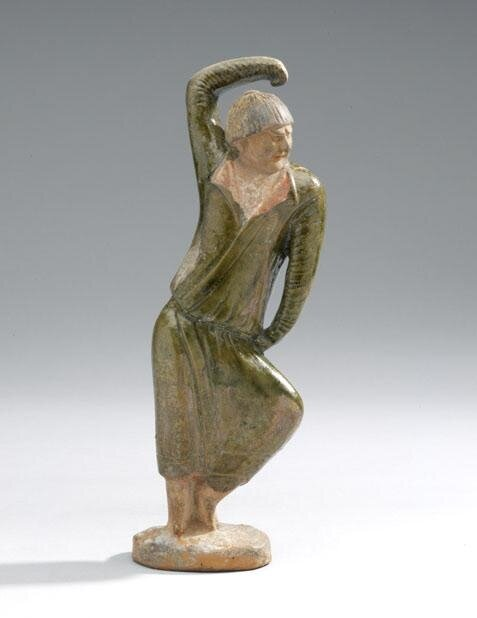 Burial_figure_of_a_foreign_male_dancer__Henan_province__China__Tang_dynasty__550_618_AD