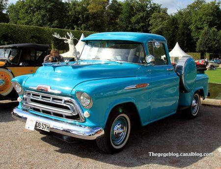 Chevrolet 3100 pick-up de 1957 (9ème Classic Gala de Schwetzingen 2011) 01