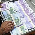 Valise magique d'argent en dollar