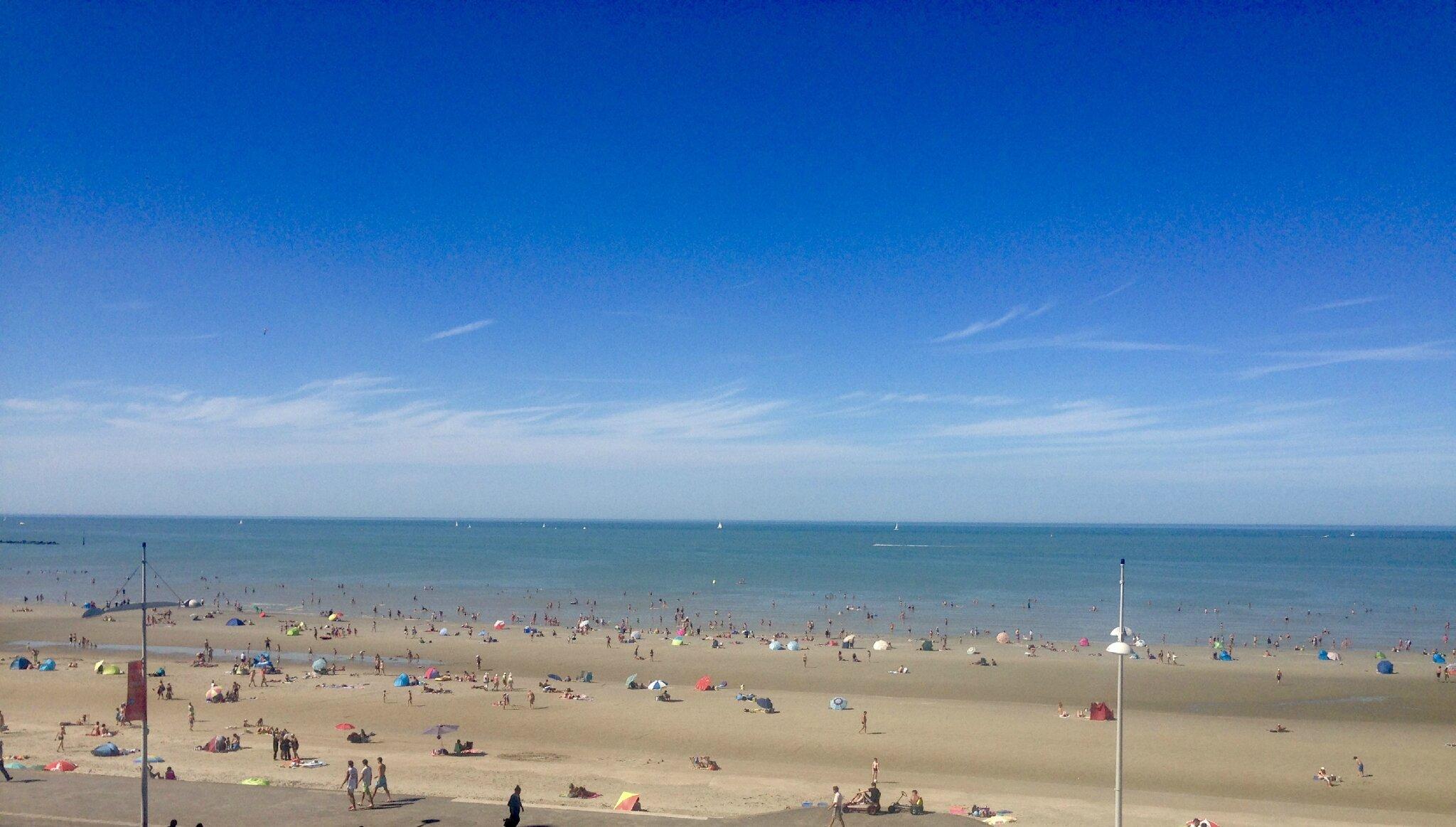 Le ciel, le soleil et la mer ....