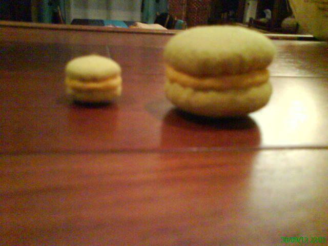 mini macaron citron