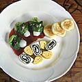 Assiette palette: noeuds d'oignon nouveau au gochujang & omelettes coréenne