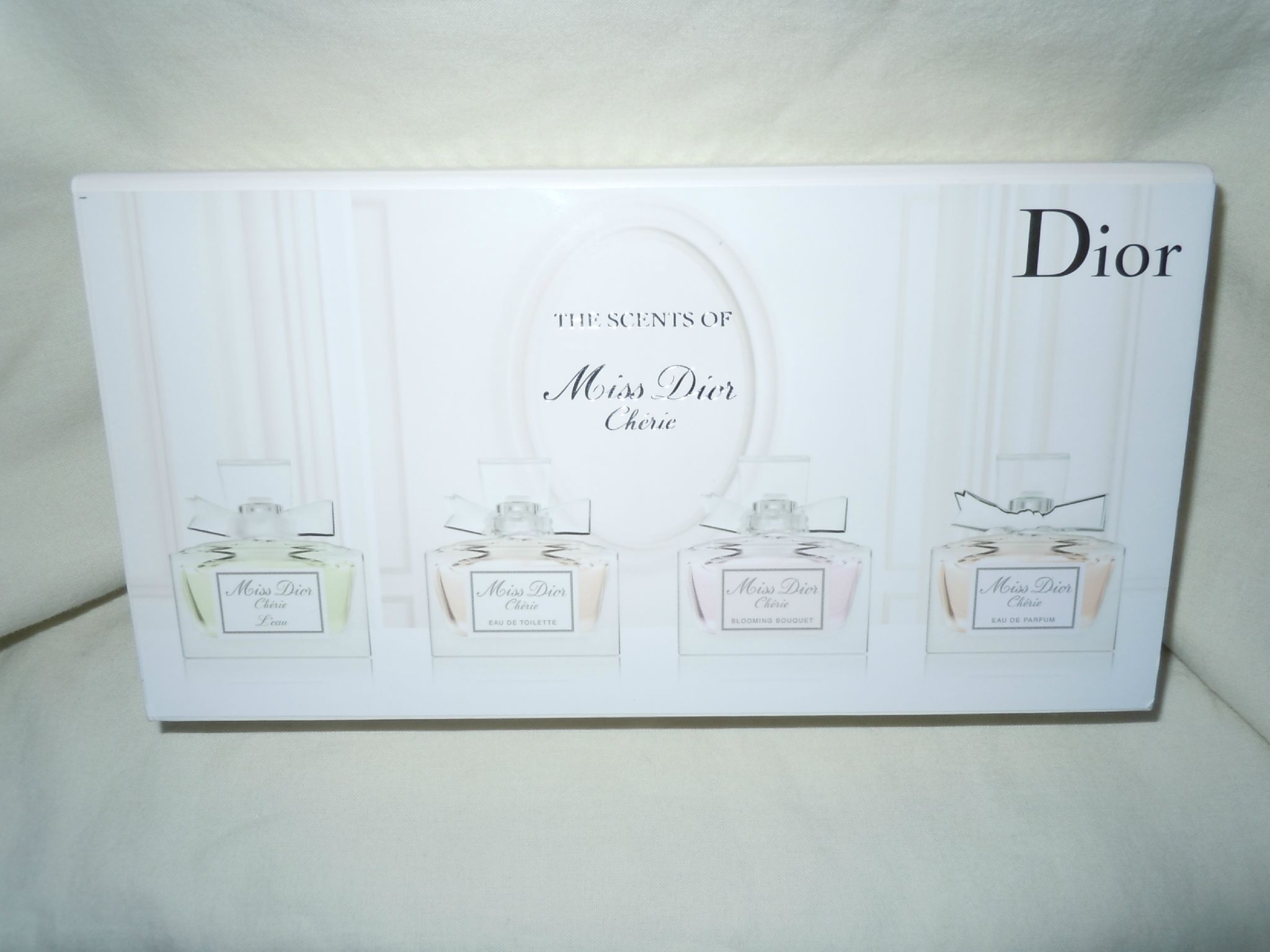 DIOR-THESCENTSOFMISSDIORCHERIE-2