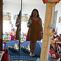 Une jupe transformée en robe